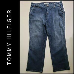 Tommy Hilfiger Woman Denim Blue Straight Jeans 16